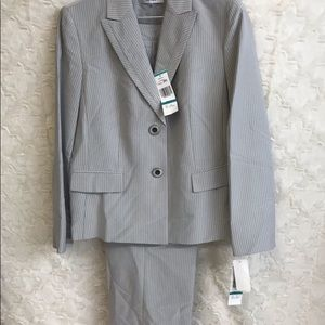 NWT Le Suit Slate w/Black Striped Pantsuit Size 16